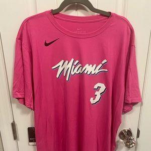 "Nike Miami Heat ""Vice Nights"" T-Shirt."
